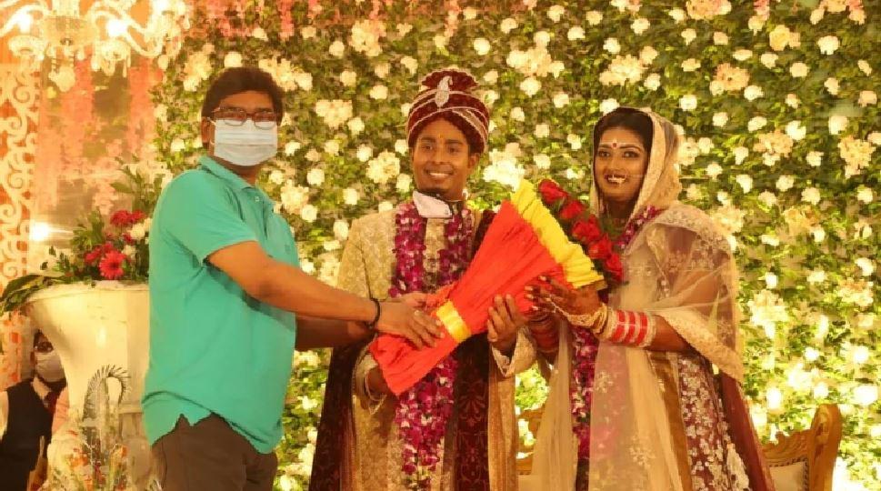 तीरंदाज दीपिका कुमारी की हुई शादी, CM हेमंत सोरेन भी पहुंचे