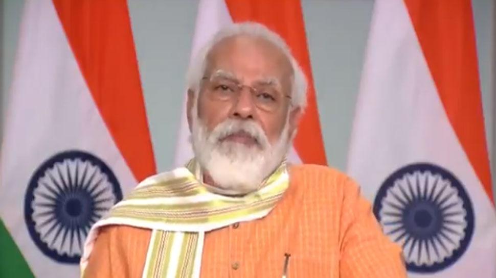 PM मोदी ने वीडियो कॉन्फ्रेंस के जरिए वाराणसी के लोगों से की बात, जानें क्या कहा