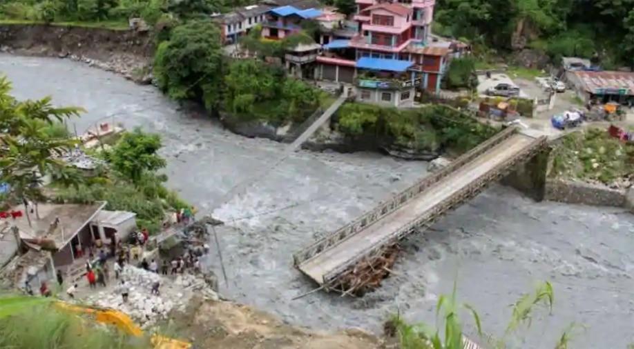 नेपाल भी पाकिस्तान की राह पर, बाढ़ के लिए भारत को ठहराया दोषी