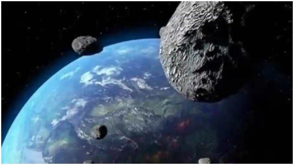 नासा की चेतावनी, पृथ्वी के पास तेजी से आ रहा है London Eye से भी बड़ा Asteroid