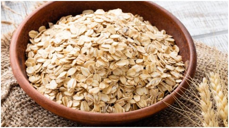 benefits of oats how to make oats | नाश्ते के लिए झटपट बनाएं नमकीन या मीठे  ओट्स, जानिए बेहद आसान रेसिपी | Hindi News, फूड