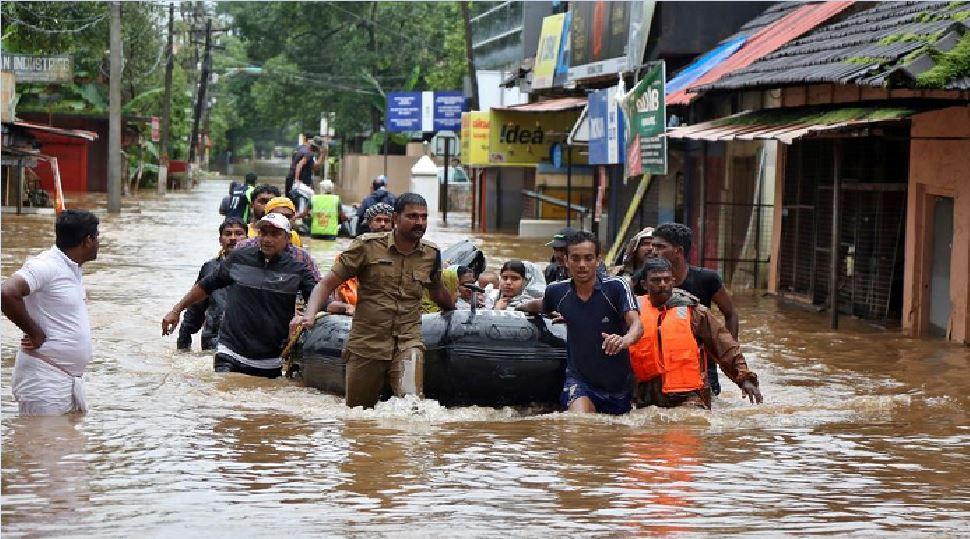 बिहार: इन 4 जिलों में बाढ़ से हाहाकार, तटबंधों पर है निगरानी, अलर्ट पर NDRF-SDRF
