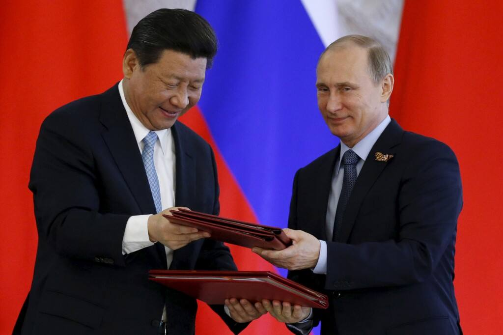अब रूस ने दिया चीन को तगड़ा झटका, इन मिसाइलों की आपूर्ति पर रोक लगाई