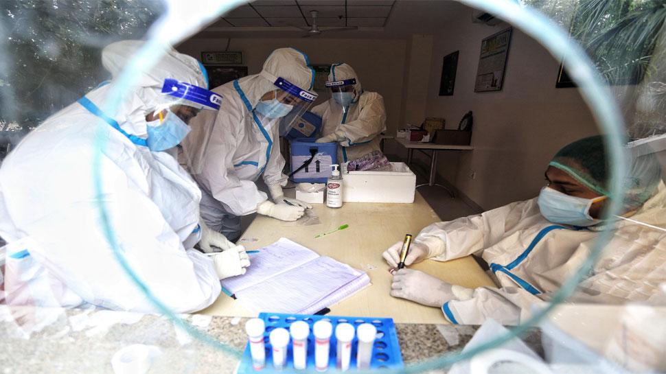 कोरोना: देश में मरीजों का आंकड़ा 14 लाख के पार, 24 घंटे में आए करीब 50 हजार नए केस