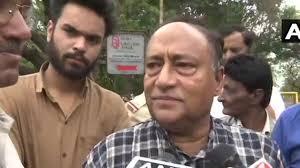 MP में उपचुनाव से पहले सियासत तेज, लक्ष्मण सिंह ने इशारों में कंप्यूटर बाबा और मिर्ची बाबा को घेरा