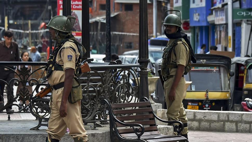 कश्मीर में अनुच्छेद 370 हटने का दिख रहा है असर, सुरक्षा एजेंसियों की रिपोर्ट आई सामने