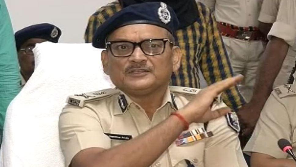 बिहार पुलिस की जांच से उड़ी कईयों के रातों की नींद, कुछ तो बात है, तभी इतनी बेचैनी- DGP