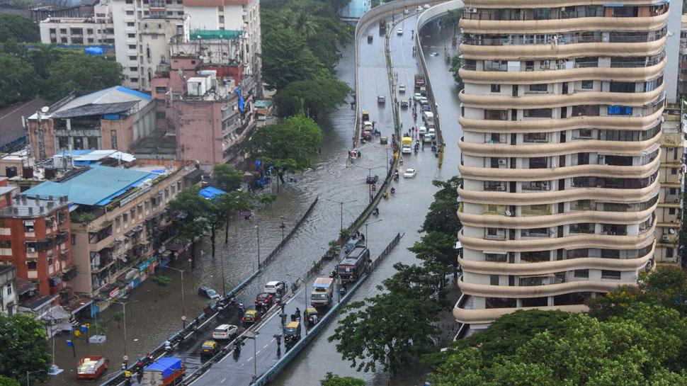 waterlogged street at Parel in Mumbai