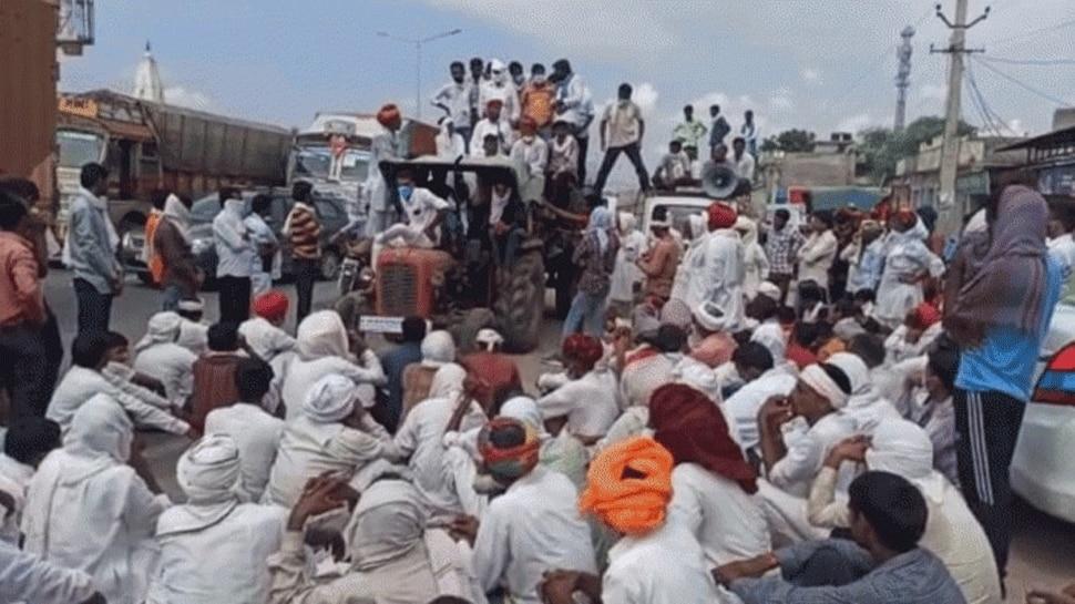 श्रीगंगानगर: पिछले तीन दिनों से चल रहा है किसानों का आंदोलन, दी इस बात की चेतावनी