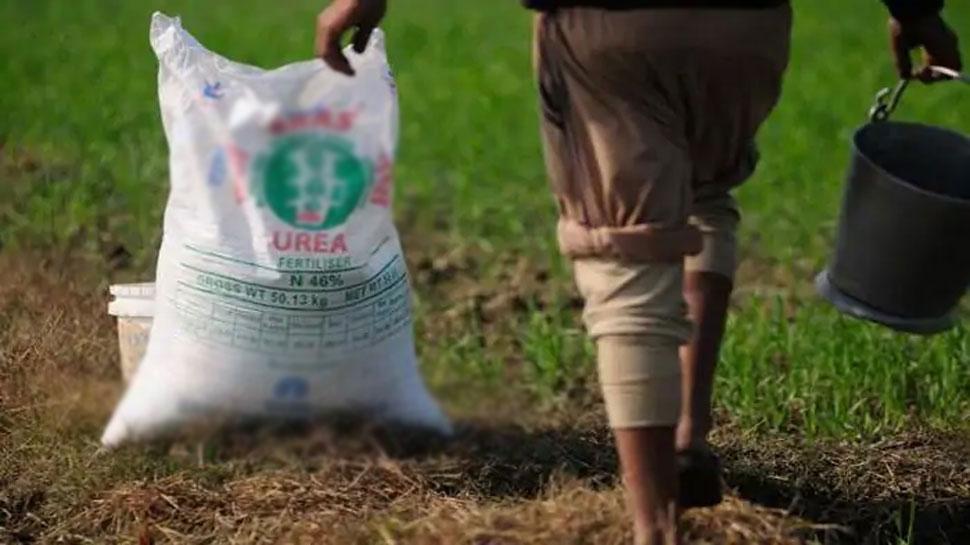 बिलासपुर: 283 सहकारी समितियों में नगद खाद बिक्री पर रोक, किसान हुए परेशान