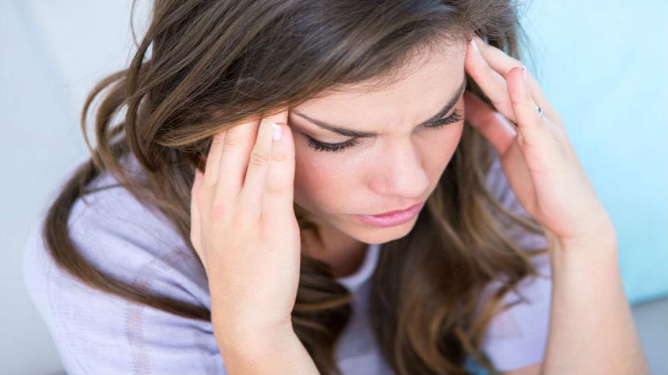 तनाव ऐसे प्रभावित करता है आपके खाने की दिनचर्या, जानें क्या करें और क्या न करें