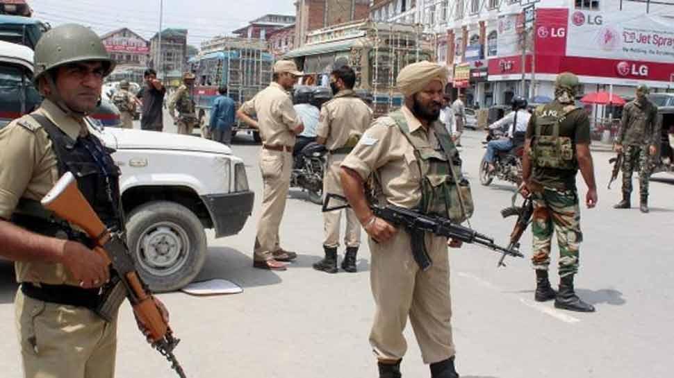 जम्मू कश्मीर: आतंकियों ने सोशल मीडिया पर जारी की 'हिट लिस्ट', इन्हें निशाना बनाने की धमकी