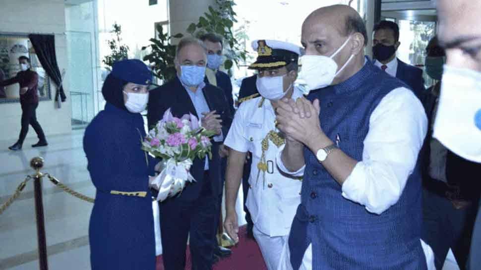 एक और मोर्चे पर चीन की 'घेरेबंदी', ईरान की राजधानी तेहरान पहुंचे रक्षा मंत्री राजनाथ सिंह