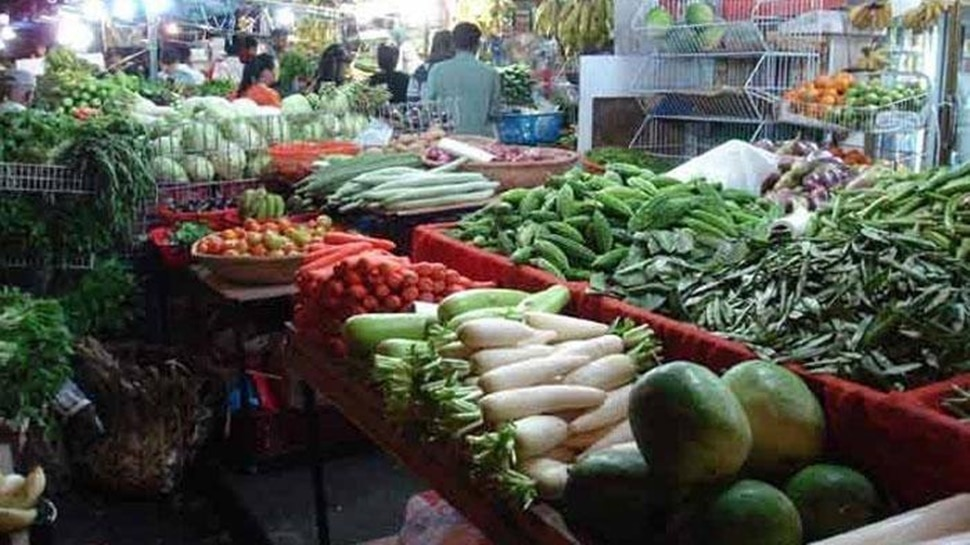 कोरोना काल में सब्जी खाना मुहाल, आलू 50 रुपये किलो के पार