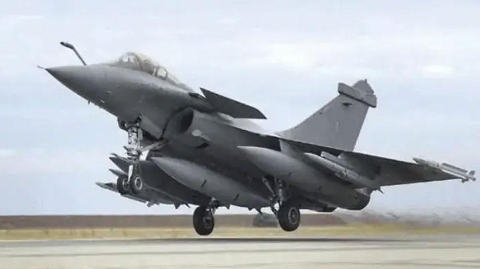अब न चीन बचेगा ना पाकिस्तान, कल रण में शामिल होगा वायुसेना का 'बाहुबली' राफेल