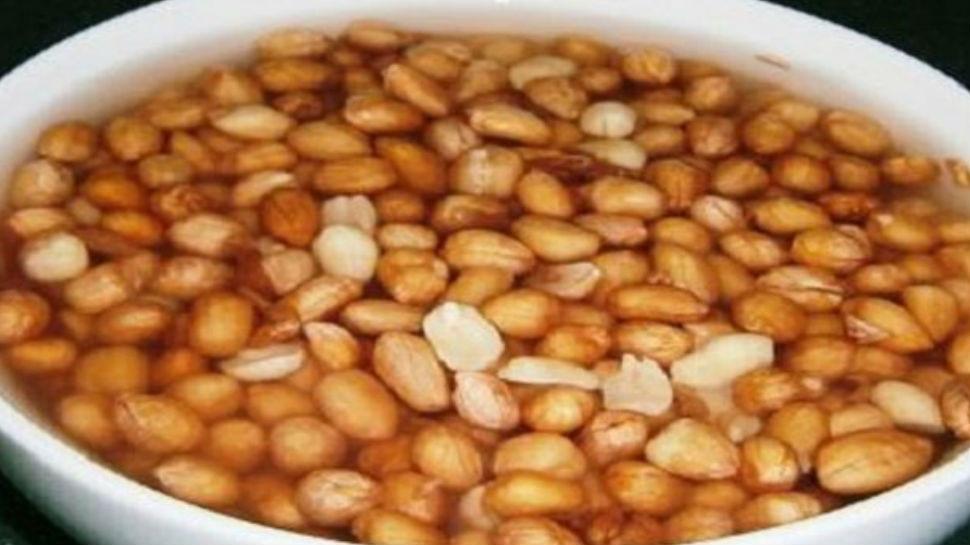 बादाम के बजाए खाइए भीगी हुई मूंगफली, सेहत को होंगे एक से बढ़कर एक फायदे