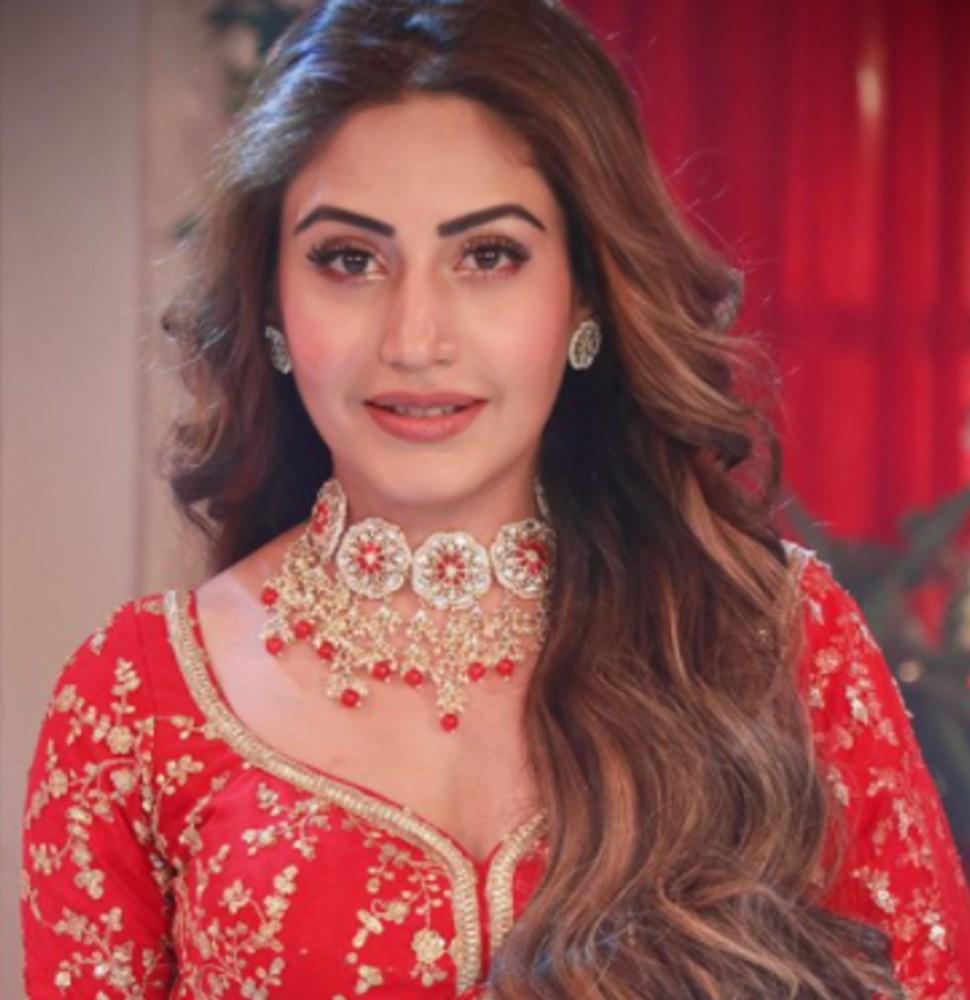 Surbhi Chandna is looking beautiful