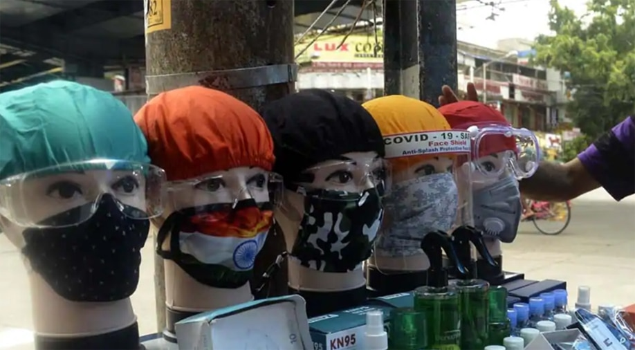 कोरोना: इस देश में मास्क नहीं पहनने पर मिलती है खौफनाक सजा, सुनकर चौंक उठेंगे आप