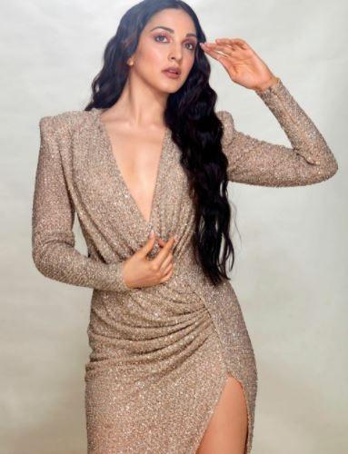 kiara advani in shimmery dress