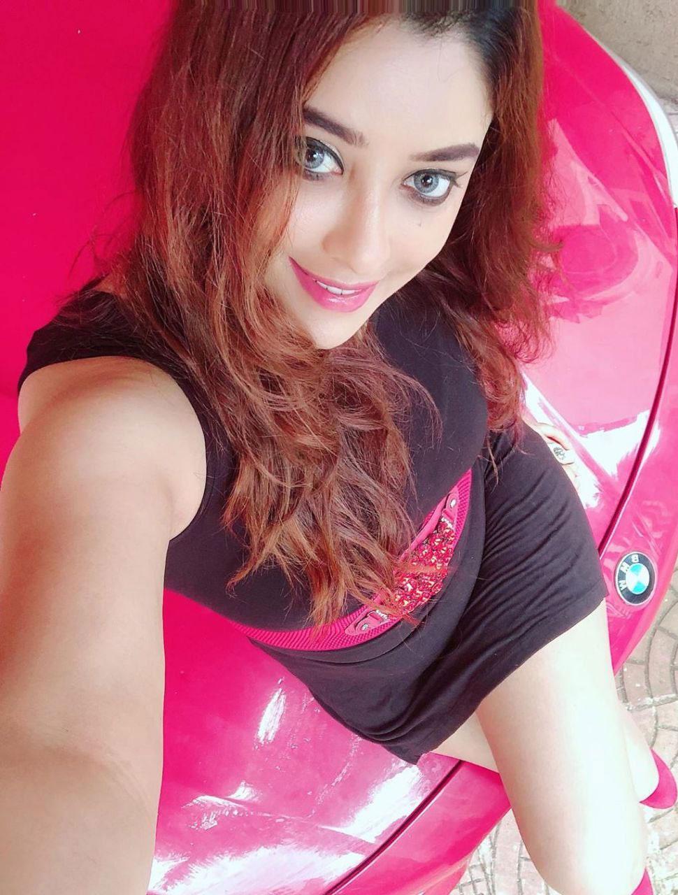 Payal Ghosh Photos