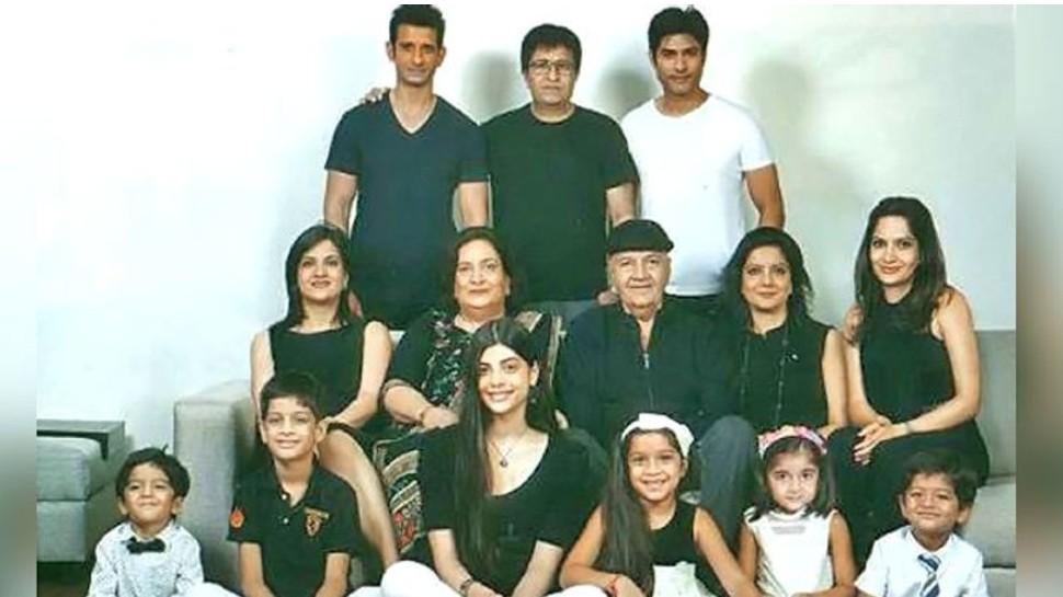 Prem Chopra father is IAS