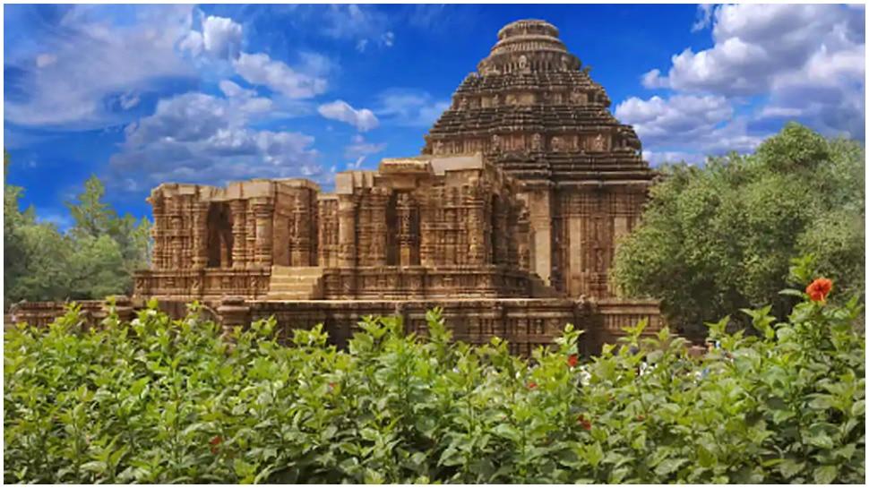 बेहद अनोखा है कोणार्क मंदिर, जहां पत्थरों की भाषा मनुष्य की भाषा से श्रेष्ठतर है