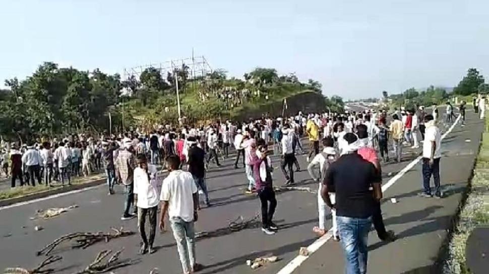 डूंगरपुर में चल रहा आंदोलन हुआ उग्र, लोगों ने फूंकी गाड़ियां, NH-8 जाम