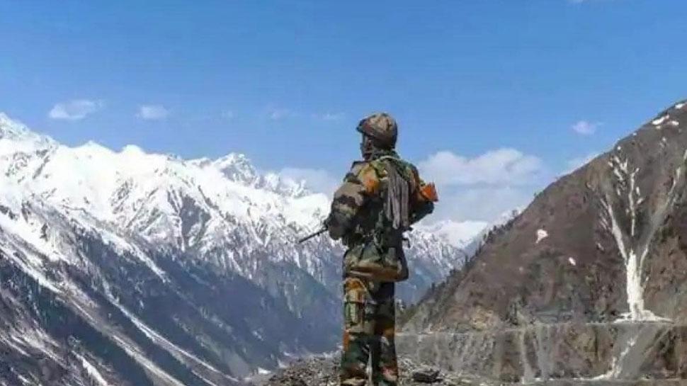 चीन के खिलाफ भारतीय सेना का सबसे बड़ा अभियान, LAC पर सर्दियों के लिए ऐसी है तैयारी - Zee News Hindi