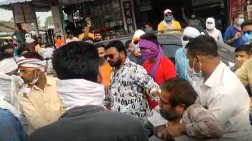 रायपुर पत्रकार-कांग्रेस मारपीटः कांग्रेस नेताओं का है नाम, पार्टी स्तर होगी जांच