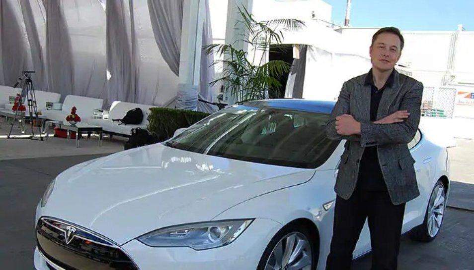 टेस्ला कार भारत के बाजार में कब जाएगी, कंपनी के CEO ने दिया जवाब