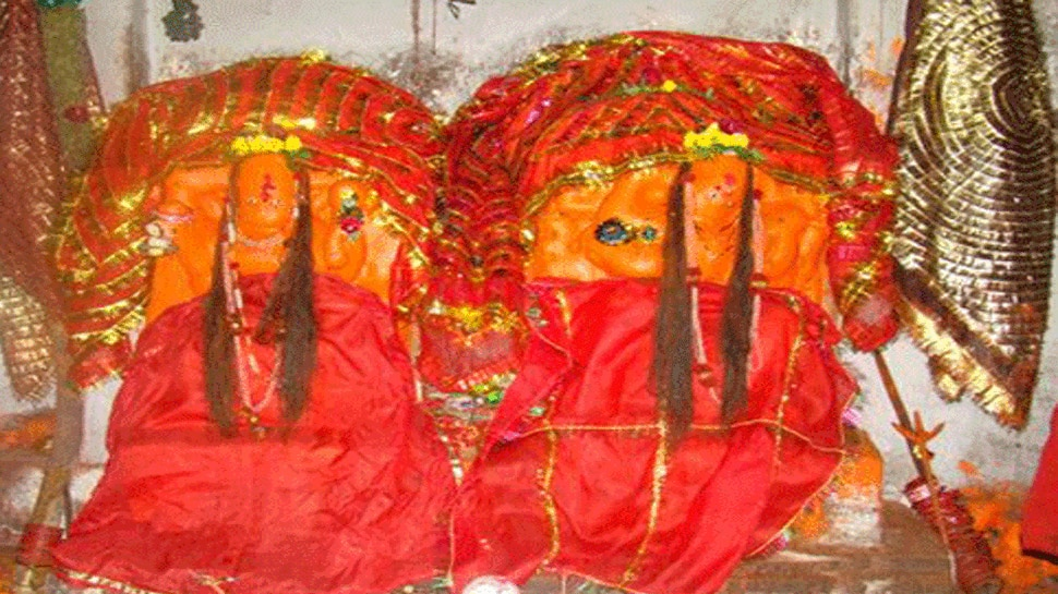 पाकिस्तान में है मां का शक्तिपीठ, जहां पूरी नवरात्रि लगते हैं जयकारे
