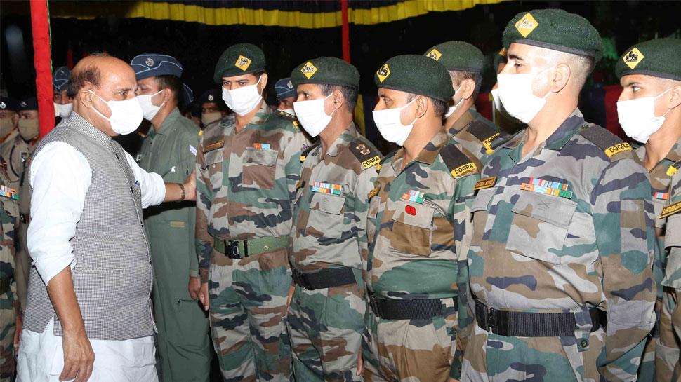 रक्षा मंत्री राजनाथ सिंह आज जवानों के बीच मनाएंगे दशहरा, चीन को देंगे सख्त संदेश
