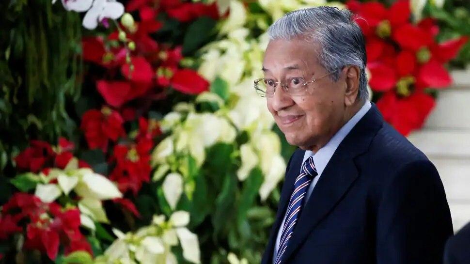 फ्रांस में मुस्लिम चरमपंथी हमले के बाद विवादित बयान देने वाले मलेशिया के पूर्व PM ने दी सफाई