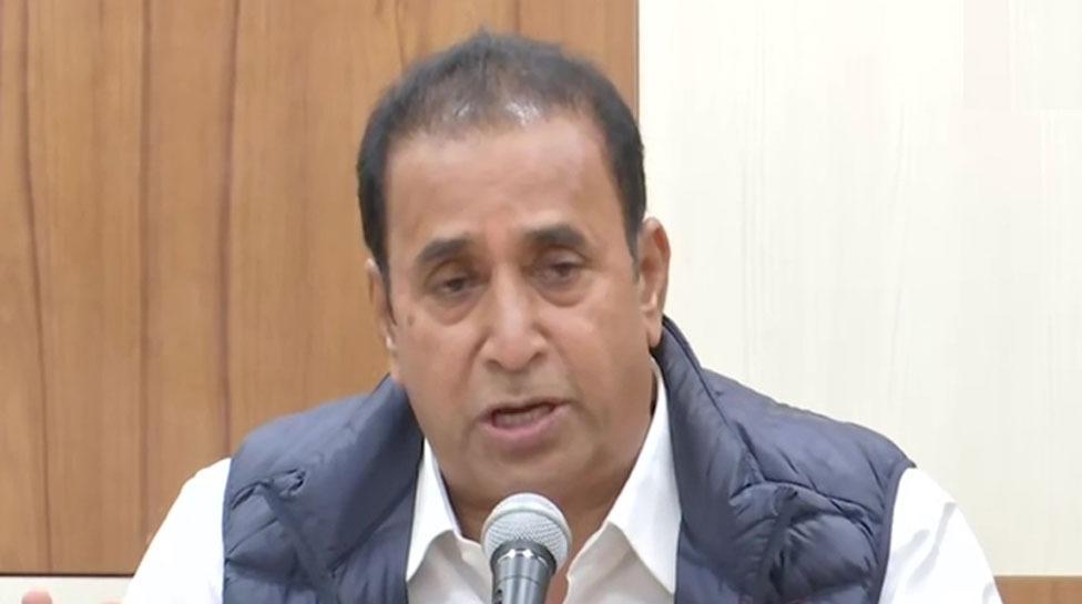 Arnab Goswami की गिरफ्तारी पर आया महाराष्ट्र के गृह मंत्री का ये बयान