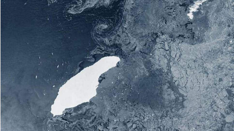 खतरे की घंटी! मैनहट्टन से 80 गुना बड़ा हिमशैल, मुसीबत में आ सकती है दुनिया