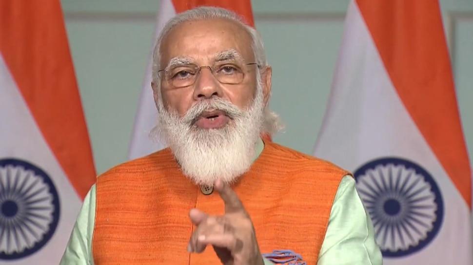 PM मोदी ने JNU में स्वामी विवेकानंद के मुजस्समे की नकाब कुशाई की, 15 सालों में हुआ तैयार
