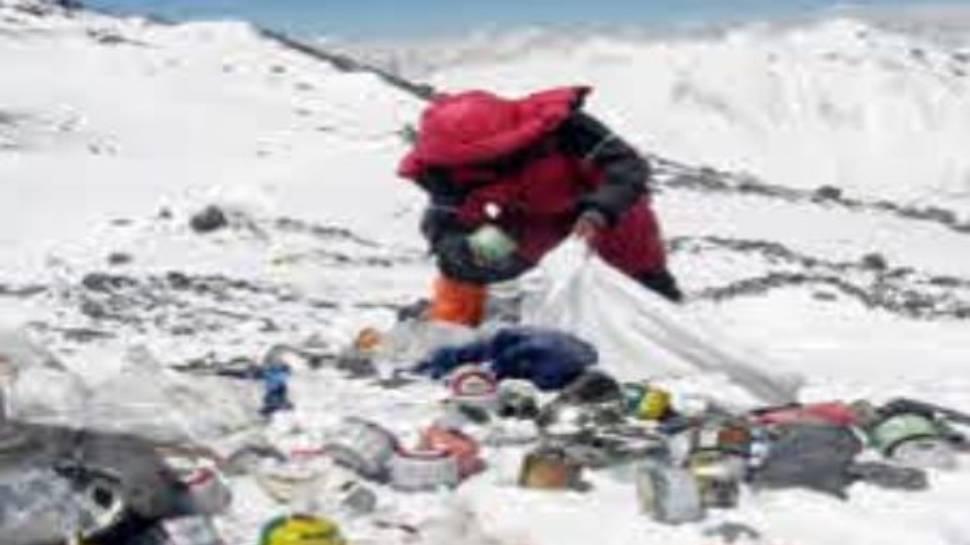Mount Everest की चोटी पर पहली बार मिला इतना प्रदूषण, हैरान हुए वैज्ञानिक