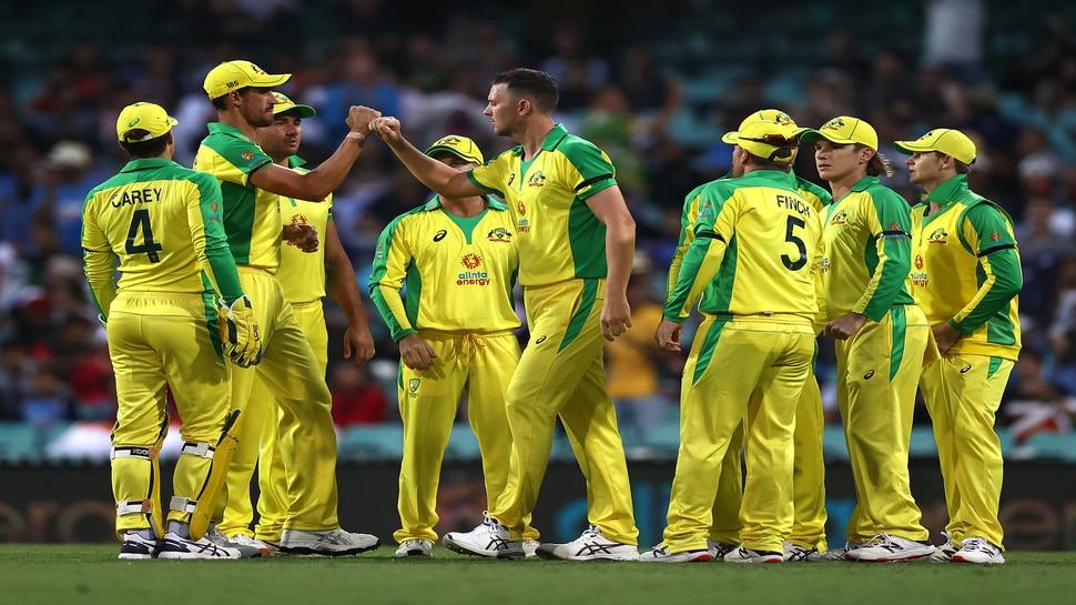 IND vs AUS: पहले वनडे में भारतीय टीम हुई फ्लॉप, ऑस्ट्रेलिया ने 66 रनों से दी करारी शिकस्त
