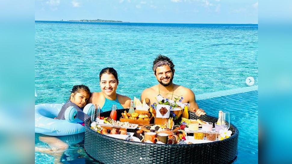 Suresh Raina take breakfast on birthday morning