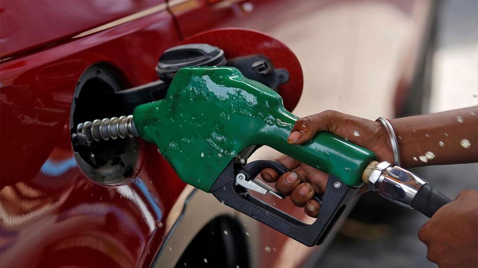 Petrol, Diesel की कीमत में लगातार तीसरे दिन हुई बढ़ोतरी, जानिए आज का नया रेट