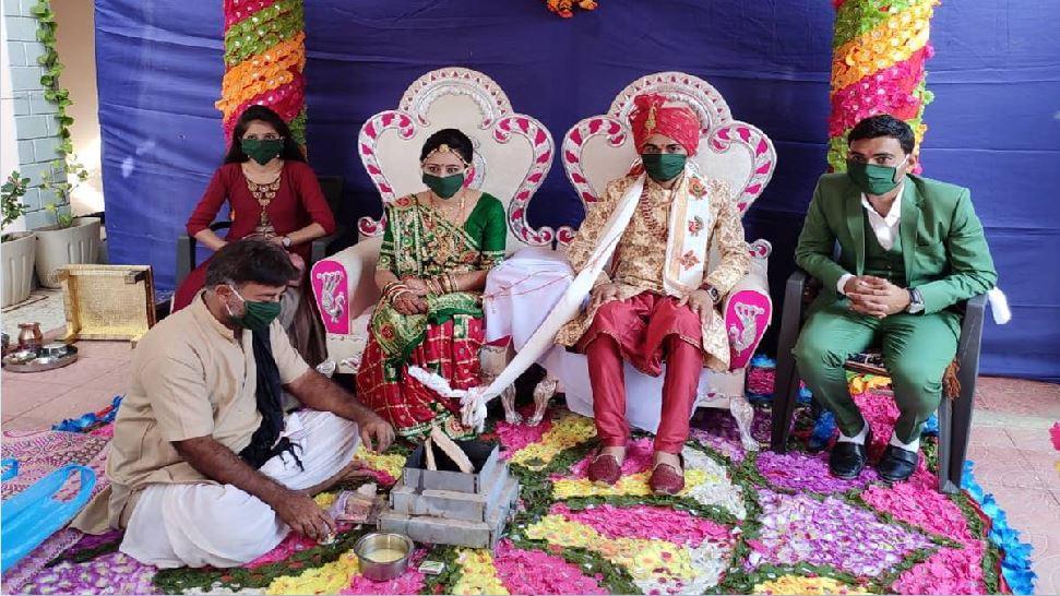 बिहार: विवाह समारोहों पर 'पाबंदी' से लोग असमंजस में, नई गाइडलाइंस से बढ़ी मुश्किलें