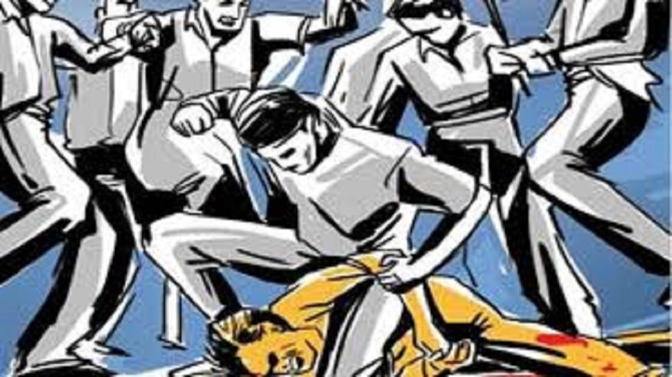 राजस्थान: युवती से छेड़छाड़ के आरोपी को पीटा, मानव मल खाने को किया मजबूर