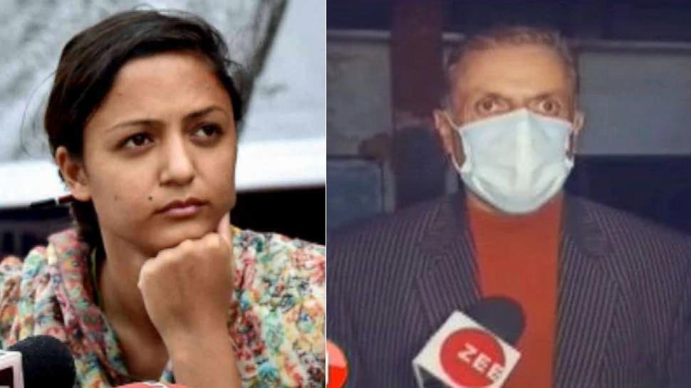 शहला रशीद के पिता ने बेटी को बताया देशद्रोही, कहा- जान से मारने की मिल रहीं धमकियां