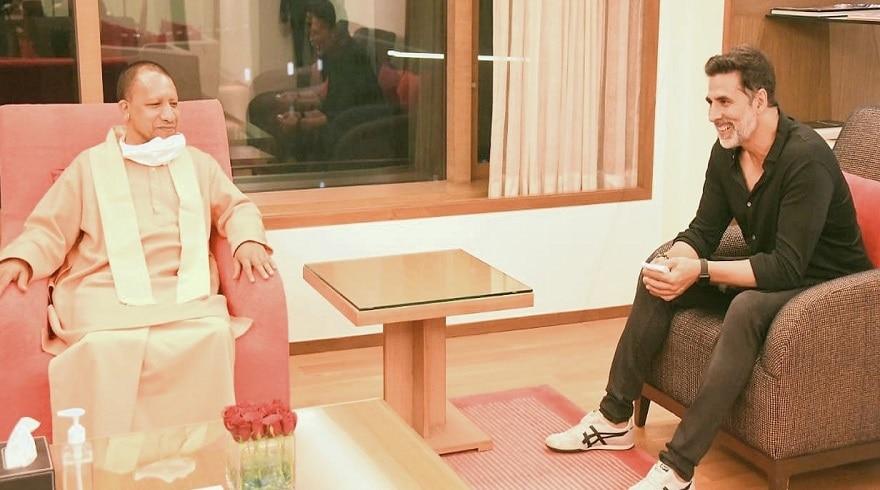 Bollywood in noida: CM योगी और अक्षय कुमार की मुलाकात, फिल्म उद्योग को बढ़ावा दे रही योगी सरकार
