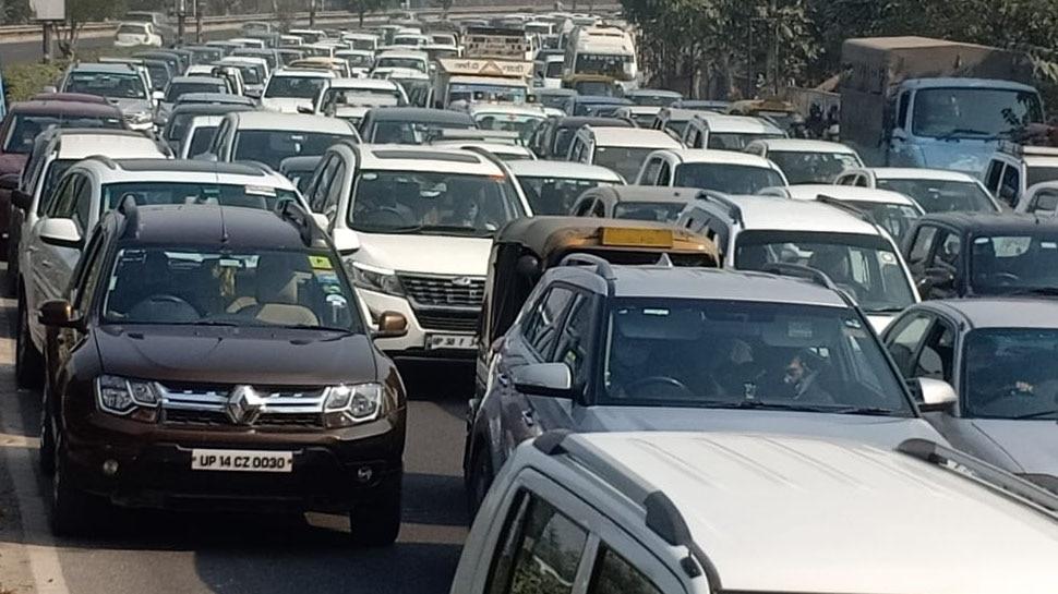 Farmers Protest: दिल्ली-NCR में सड़कें जाम, बचने के लिए करें इन रास्तों का इस्तेमाल