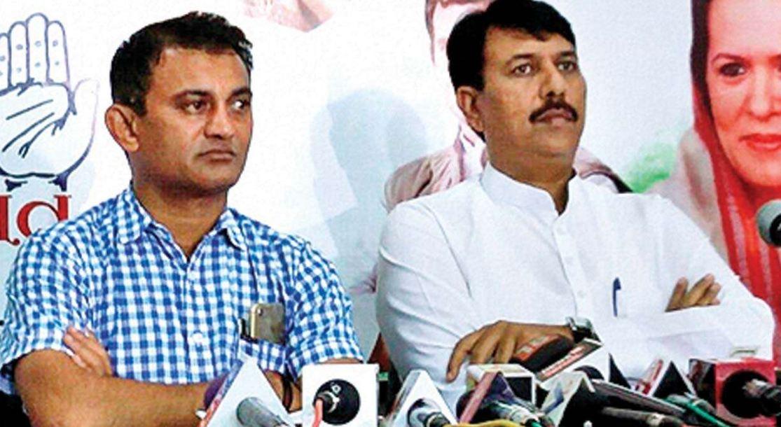 Gujrat Congress में बड़ी हलचल, Amit Chawda और Paresh Dhanani ने दिया इस्तीफा