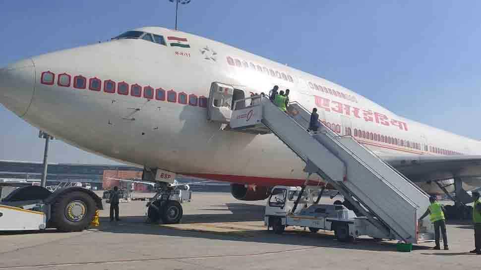 भारत में भी New Covid Strain फैलने का डर, London से India पहुंचे 7 यात्री निकले Corona पॉजिटिव