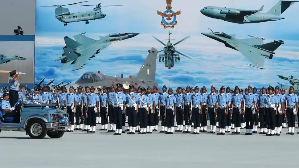 Indian Airforce Recruitment: इतने पदों पर निकली भर्तियां, ऐसे करें आवेदन