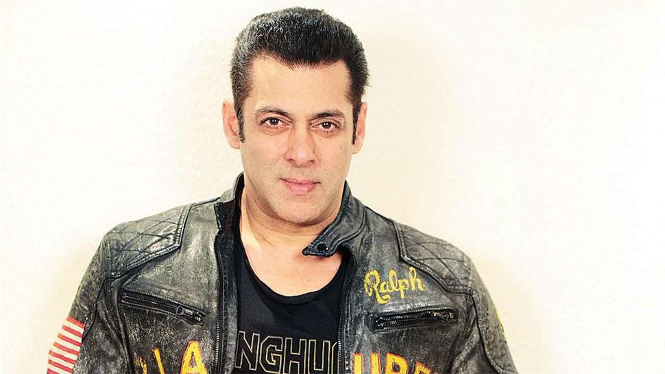 Salman Khan 55th birthday: 'दबंग' के घर के बाहर फैंस के लिए मिला ये मैसेज, VIDEO
