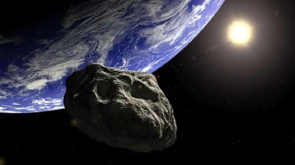 NASA की चेतावनी, नए साल पर पृथ्वी की ओर आ रहे हैं बड़े ऐस्टरॉयड